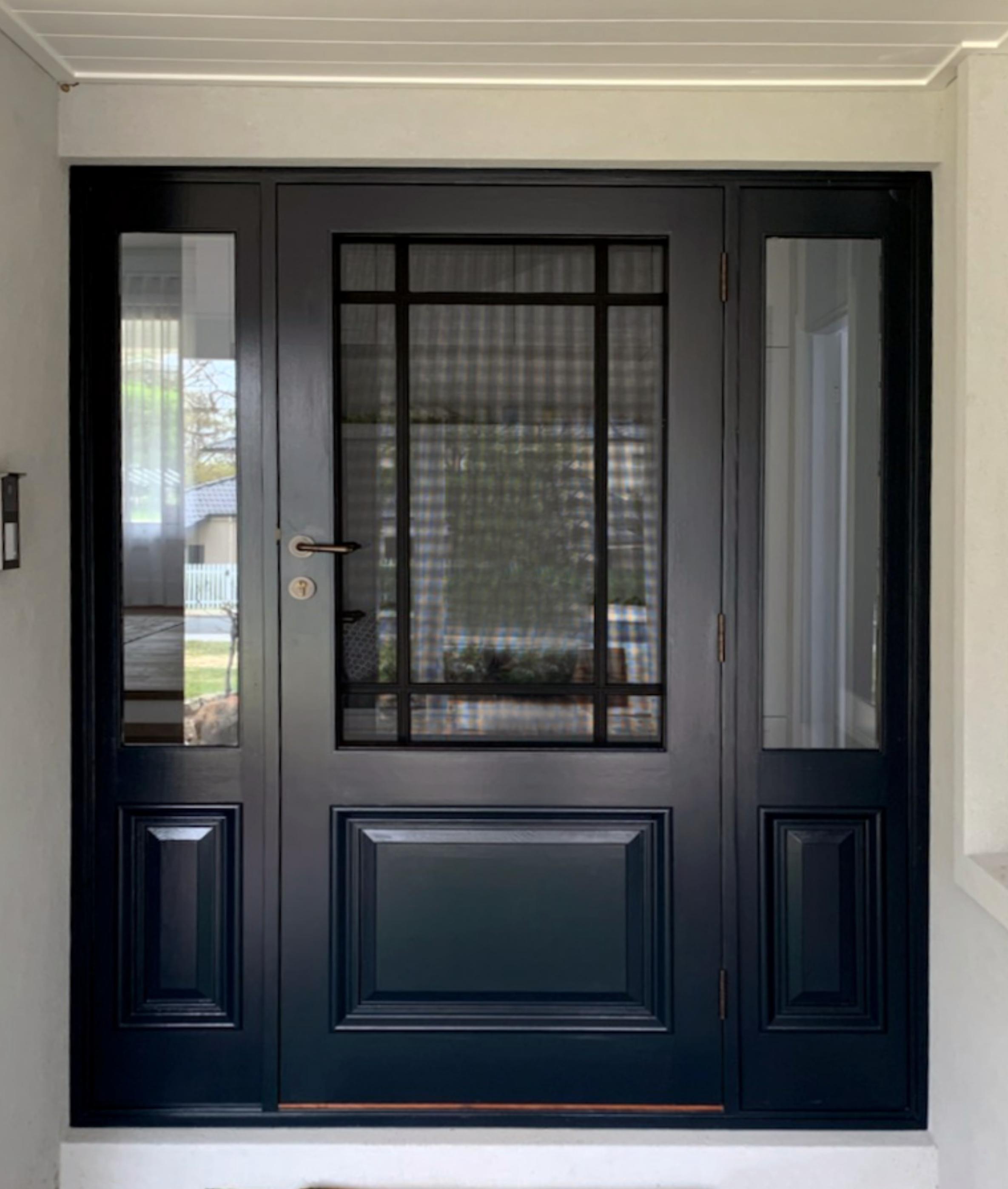 Custom entry set with Cardiff door and London door